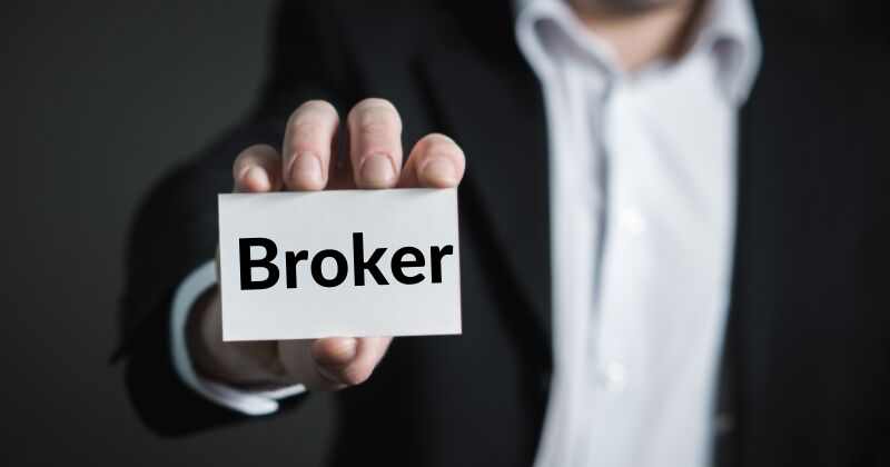 What Is A Business Broker? | Anthony Caliendo | The Sales Assassin
